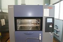 熱衝撃試験装置